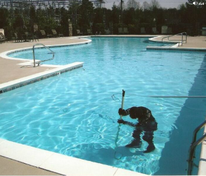 PoolAndCleaning